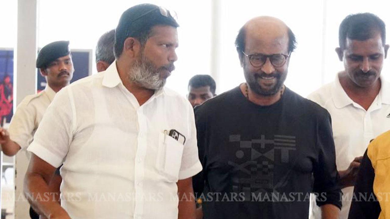 Photo of Rajinikanth Photos at Airport