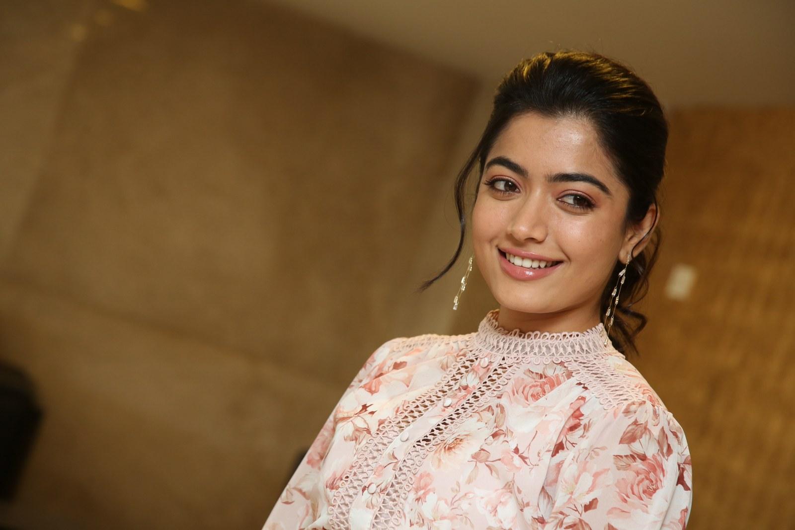Photo of Rashmika Mandanna smily looks
