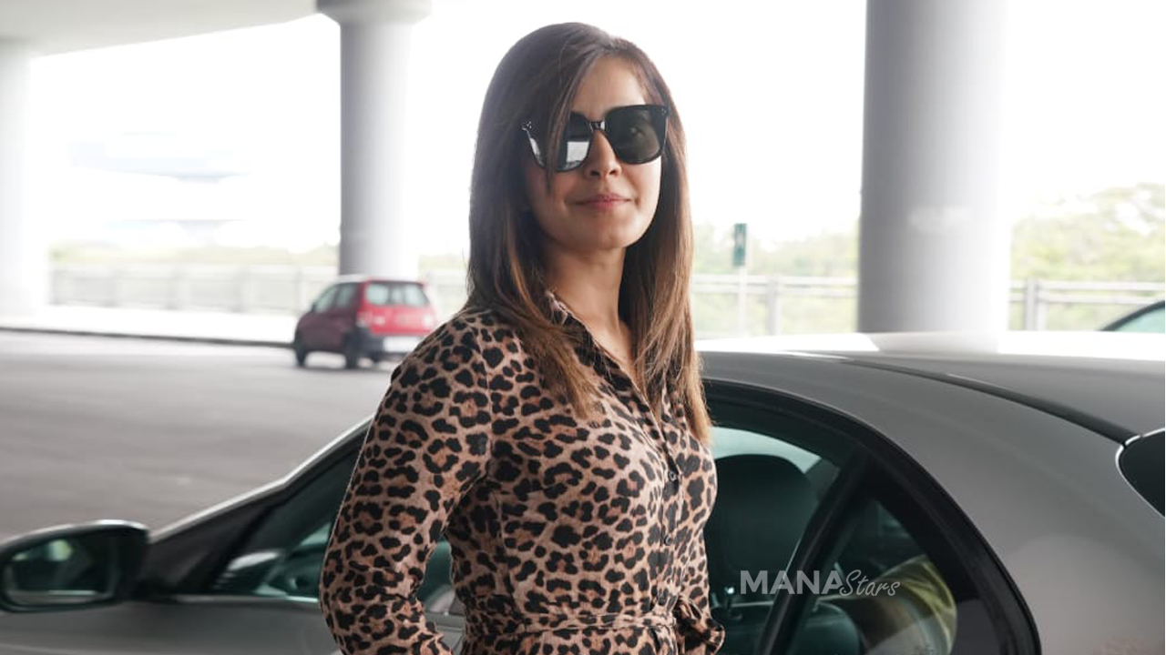 Photo of Rashi Khanna Latest Photos at Airport