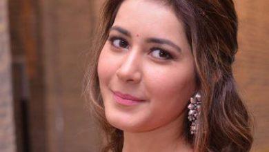 Photo of Raashi Khanna Looks Awesome