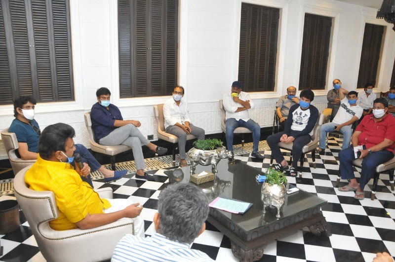 Photo of Cine celebs meeting at Chiranjeevi House