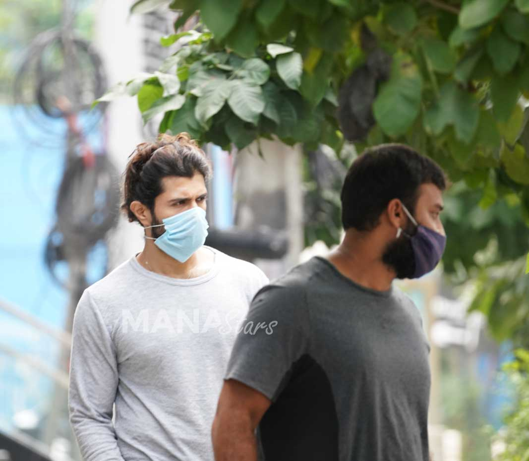 Photo of Vijay Devarakonda Spotted At Hyderabad