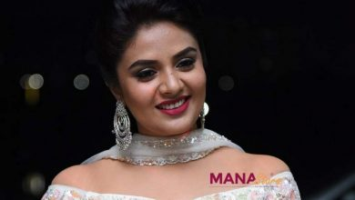 Photo of Anchor Sreemukhi latest stills