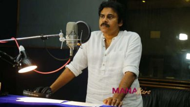 Photo of Pawan Kalyan dubbing for Vakeel Saab Stills